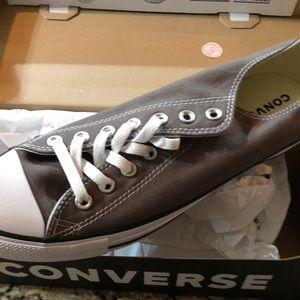 Grey Low-top Converse
